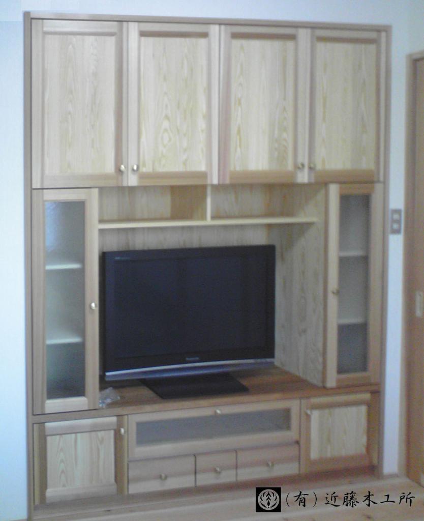 杉のテレビ台